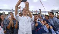 Jokowi: Ketahuan beli pulsa, KIP dicabut
