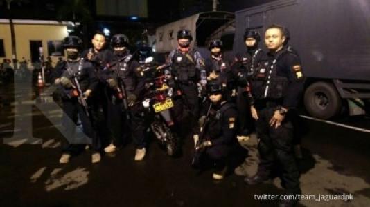 Polisi bubarkan ormas hendak sweeping di Depok