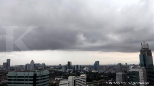 Waspada hujan disertai angin kencang di Jakarta
